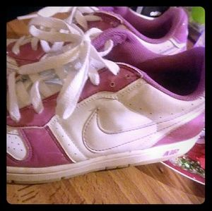 Ladies NIKE AIR pink &white.leather.great shape